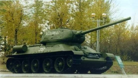 Средний танк Т-34-85