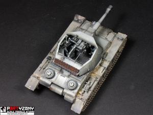 Sd.Kfz.165/1 German Geschützwagen IV b für 10.5cm le F.H.1 Trumpeter 1/35