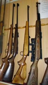 Хочешь, но не можешь. Какие последствия могут наступить после окончания срока действия разрешения на хранение и ношение оружия, если оно не было продлено по уважительным причинам?!